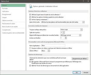 Vous devez ensuite sélectionner l'option «barre d'outils accès rapide»